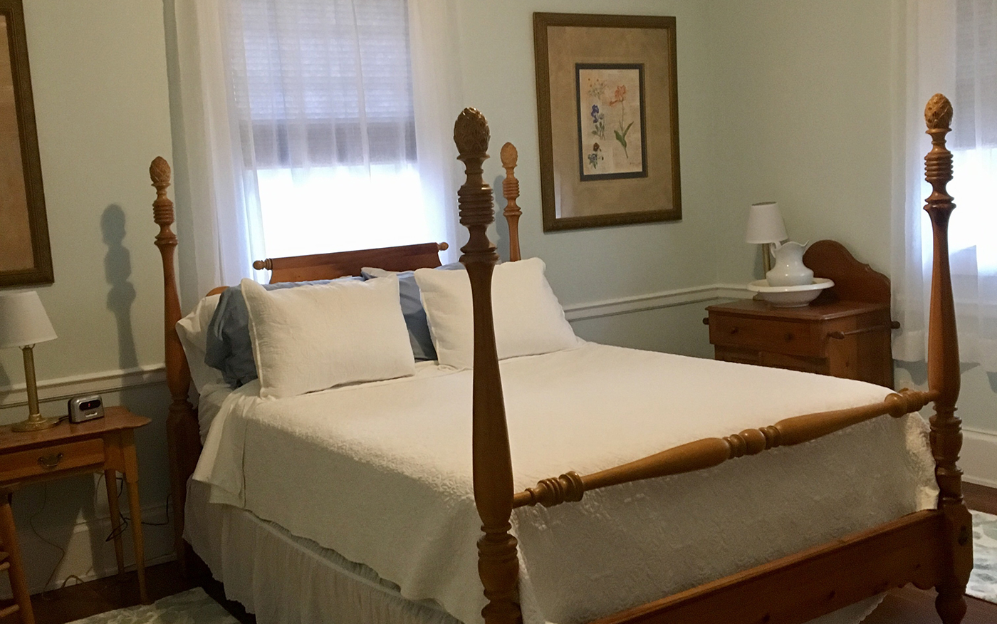 Sweet Tea Bed and Breakfast Conover Room