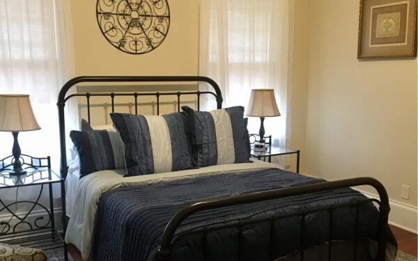 Sweet Tea Bed and Breakfast Newton Room